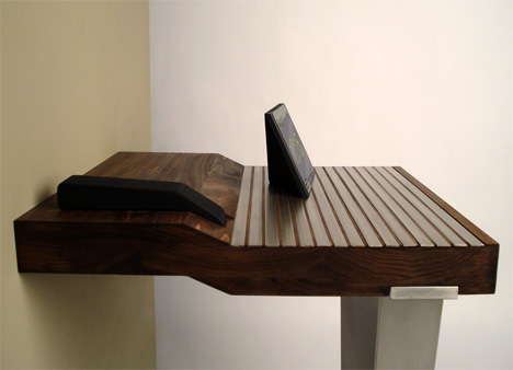 End_Table-Charging-Station2