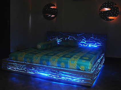dank led technik das bett als nachtlicht 11tech. Black Bedroom Furniture Sets. Home Design Ideas