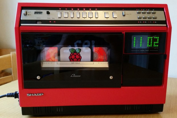 raspberry_pi_sharp_portable_vcr_by_mister_m_2-620x412