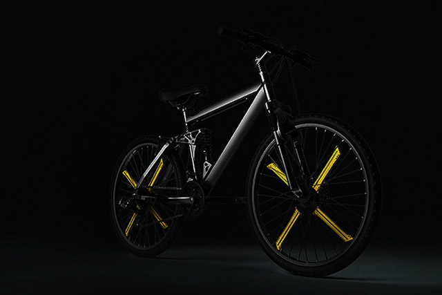 Customizable-LED-Bike-Wheels-1