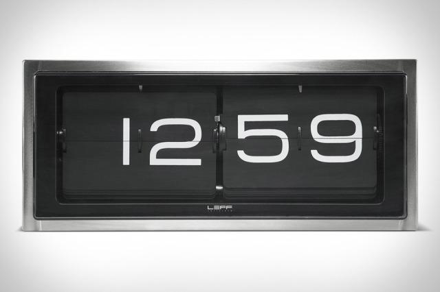leff-brick-clock